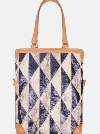 CAHOOTS-traveller-two-toned-3